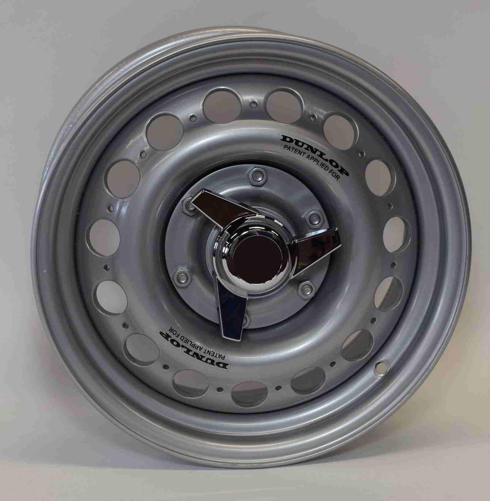 Dunlop style alloy wheels 15×7 6